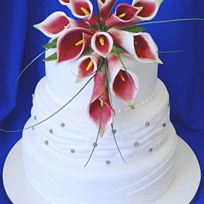 Lily White Wedding Cake - Burgundy