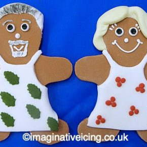 Holly & Berry Gingerbread Bakers