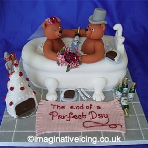 Wedding Bears in the Bath Wedding Cake