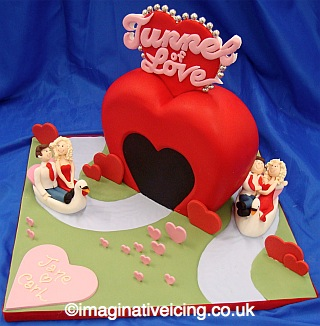 The Tunnel of Love - Valentines Cake