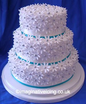 Daisy Fantasy Wedding Cake