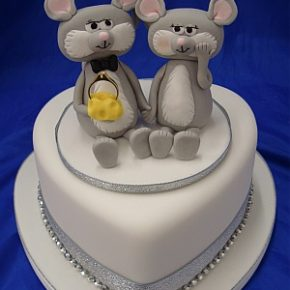 Engagement Mice Heart Cake