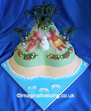 island wedding cakes tropical island wedding bears wedding cake imaginative 16499