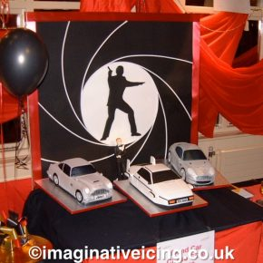 007 James Bond Classic Cars - made from Cake