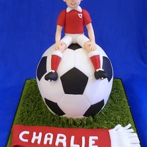 Football Cake with Footballer