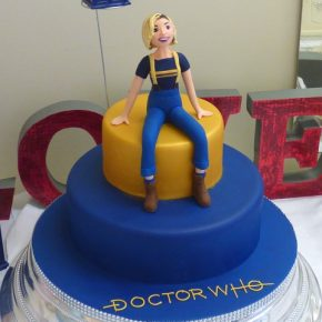 13th Doctor - Regeneration - Birthday Cake - Doctor Who
