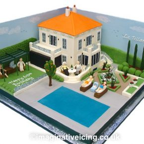 Holiday Villa Celebration Cake